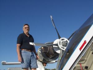 20120315-n71rj-jack-adjusts-prop-rigging2